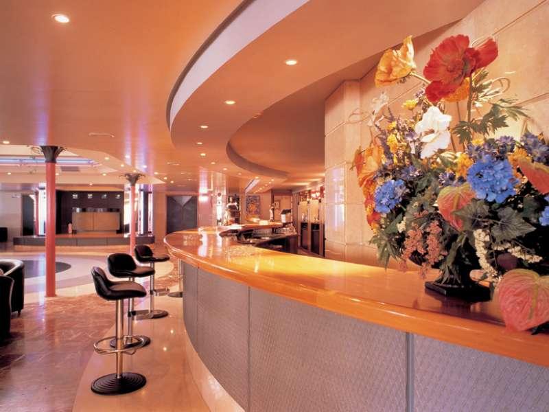 Ресепшн отеля в Бенидорне