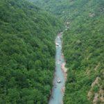 красивый каньон в Черногории